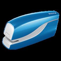 Batteridriven häftare Leitz Wow blå